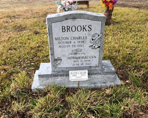 https://www.monumentsofvictoria.com/wp-content/uploads/2020/07/Brooks-Milton-Charles-SIngle-Upright-with-2-names-Blue-Ridge-500x400.jpg